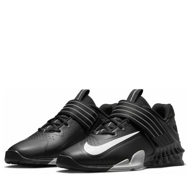 Nike Savaleos Black